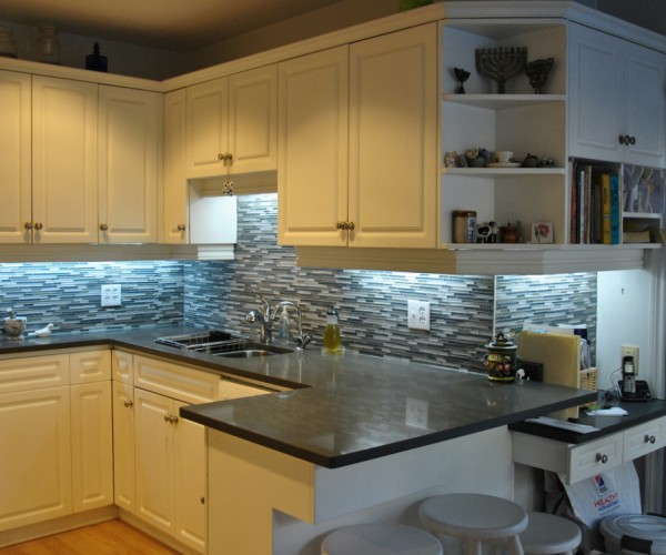 DIY-Quartz-Kitchen-Countertops